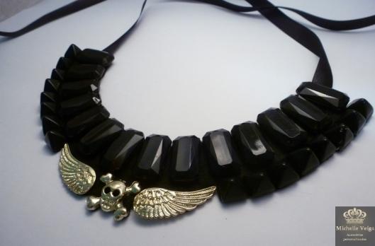 maxi colar com spike preto