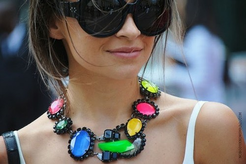 maxi colar colorido