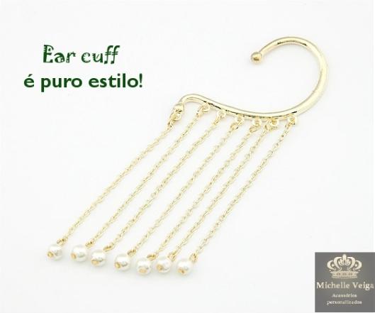 Ear cuff  dourado com pérolas, earcuff com corrente, brinco único, brinco envolve orelha, corrente com perolas, acessórios modernos, loja online, comprar acessórios