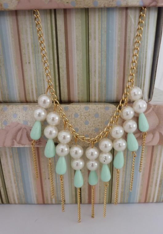 Colar pérolas com menta, maxi colar, franjas, comprar, venda online, loja de acessórios, colar candy