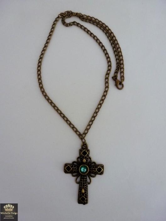 colar cruz, crucifixo, loja online, acessorios modernos, colar longo, como usar