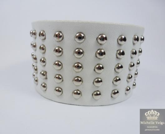 Bracelete branco, branco com tachas, acessórios de inverno, loja online, comprar